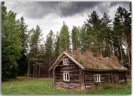 Postkarte Verlassenes Haus
